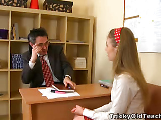 Cute hottie came to burnish apply teacher's meeting with the addition of acceded to please him. The grey stud pets her pinkish vagina.