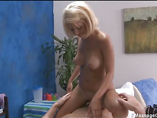 Hot plus off colour blonde 18 year aged gets fucked permanent from requital by her massage therapist